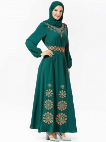 Elegant and comfortable large women's special plant embroidered belt Arabian long skirt (excluding headscarf)