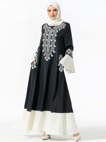 Middle East dress fashion embroidered pocket panel flared sleeve long dress (excluding headscarf)