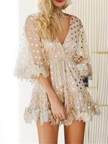 Wave light lace dress
