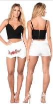 Shorts florales bordados en blanco 24664-2