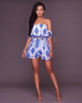 Top corto en azul con hombros descubiertos y pantalones cortos de cintura alta 24870-2
