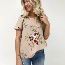 Camiseta de manga corta con cuello redondo en color caqui floral 25110