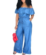 Jupmsuit de denim con hombros descubiertos y cintura con cordón ajustable
