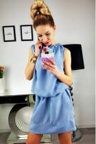 Mini vestido sin mangas con cintura elástica
