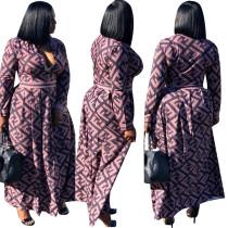 Vestido largo de manga larga con estampado de letras