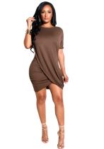 Vestido corto de color liso con dobladillo cruzado