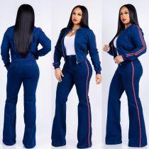 Chaqueta de manga larga azul de Strech y pantalones anchos de Legges