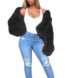 Abrigo de piel de manga larga
