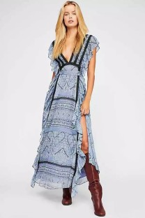 Deep-V Sexy Print High Cut Ruffles Dress