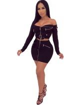 Cremallera negra y mini falda con cremallera