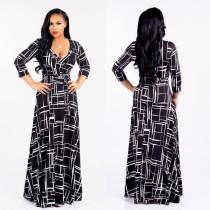 Maxi-Kleid mit 3 / 4-Ärmeln