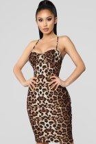Vestido de fiesta con estampado de correas de leopardo