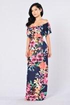 Robe longue à fleurs et épaules dénudées