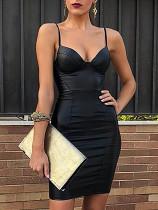 Zwarte bandjes leren jurk