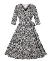Weißes und schwarzes Vintage-Kleid mit Print