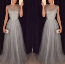 Pailletten oberes graues ärmelloses Abendkleid