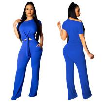 Chemise à manches courtes et large pantalon