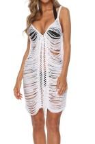 Beyaz kayışlar plaj elbisesi yırtık