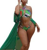 Imprimir traje de baño de dos piezas verde y cubrirse