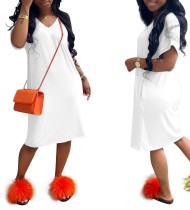 Vestido informal de manga corta de color liso