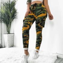 Pantalones de bolsillo ajustados de camuflaje