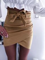 Minifalda sexy con cinturón y cinturón