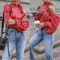 Weiß und rot gestreifte detaillierte Bluse mit Pop-Ärmeln