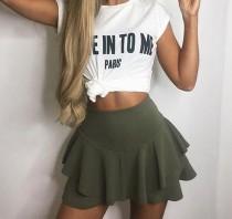 Minifalda sexy con pantalones cortos internos