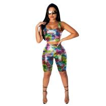 Top de sirena sexy y pantalones cortos