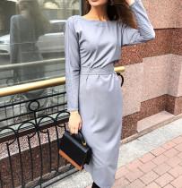 Gri Uzun Kollu Kemerli Midi Elbise