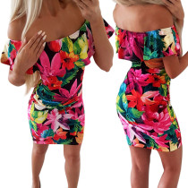 Mini vestido floral con hombros descubiertos