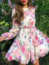 Vestido Skater de flores romántico con mangas completas