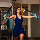 Sexy eng anliegende Scrunch Yoga Strampler