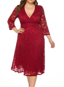 Plus Size Deep-V Lace Langes Kleid