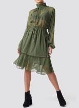 Sexy vestido de la capa de cordón transparente