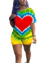 Renkli O-Yaka Gömlek ve Şortlar