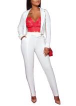 アフリカの白いショートブレザーとズボン