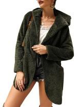 Abrigo con capucha de felpa de manga larga con bolsillos