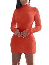 Mini vestido puro de manga larga con cuello alto