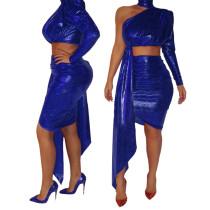 Conjunto de falda y top corto de un hombro con lentejuelas sexy