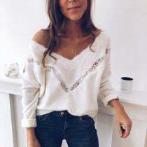 Chemise à manches longues à col en V et dentelle blanche