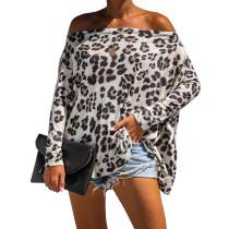 Schulterfreies Langarmhemd mit Leopardenmuster