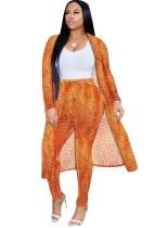 Pantalon à taille haute et manteau long à imprimé léopard