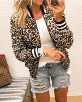 Бейсбольная куртка с леопардовым принтом