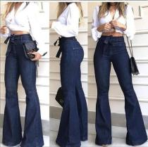 Bell Bottom Dunkelblaue Jeans mit hoher Taille
