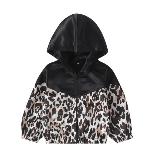 Куртка с длинными рукавами для девочек с леопардовым принтом
