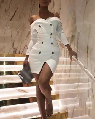 Белое возлюбленное тонкое платье пиджака