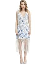 Vestido de fiesta con borlas de flores en blanco y azul
