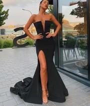 Schwarzes High Cut Trägerloses Meerjungfrau Abendkleid