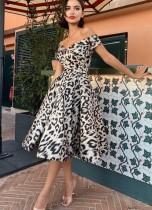 Sexy cariño vintage leopardo vestido de fiesta